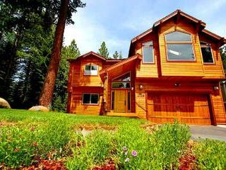 Summer Scene - The White Wolf Lodge - South Lake Tahoe - rentals