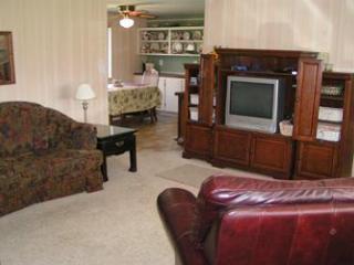 Mi Casa in Suttons Bay - Northport vacation rentals