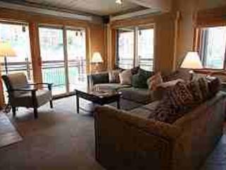 Aspen 3 Bedroom, 3 Bathroom Condo (Aspen 3 Bedroom & 3 Bathroom Condo (Lift One - 310 - 3B/3B)) - Image 1 - Aspen - rentals