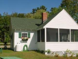 Moultonborough 2 Bedroom/1 Bathroom House (456) - Moultonborough vacation rentals