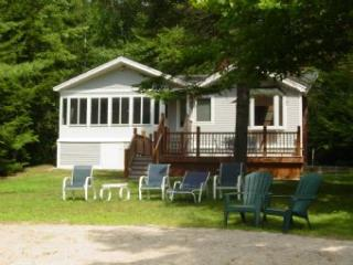 Charming House with 3 BR/1 BA in Moultonborough (339) - Moultonborough vacation rentals