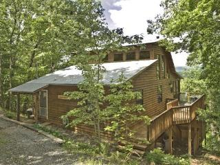 Bliss-ful Mount`n Top Cab`n- 2BR/3BA- SUNSET MOUNTAIN VIEW CABIN, SCREENED PORCH WITH ROCKING CHAIRS AND SWING, HOT TUB, PING PO - Blue Ridge vacation rentals
