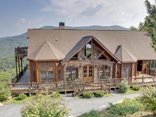CAMELOT- 4BR/3.5BA- LUXURY CABIN SLEEPS 8, BREAKTAKING MOUNTAIN VIEW, HOT TUB, WIFI, GAS GRILL, POOL TABLE, PET FRIENDLY, INDOOR AND OUTDOOR FIREPLACES, WALKING DISTANCE TO THE LODGE, THE CREEKHOUSE, AND BEAR NECESSITIES! ONLY $250 A NIGHT! - Blue Ridge vacation rentals
