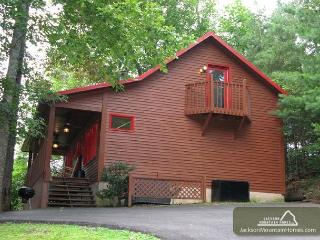 Simple Pleasures   Pets  Fenced Yard  Hot Tub  Pool Table  Free Nights - Gatlinburg vacation rentals
