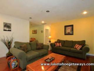 Living View 3 - The Hideaway - South Lake Tahoe - rentals