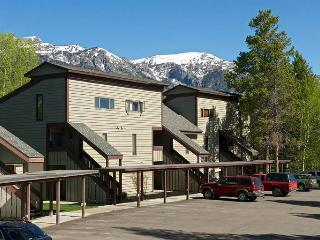Beautiful Condo in Wilson (1bd/1ba Hollyhock 2012) - Wyoming vacation rentals