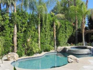 Palm Desert 3 Bedroom & 4 Bathroom House (YT744 - Palm Desert El Paseo - 3 BDRM, 3.5 BA) - Palm Desert vacation rentals