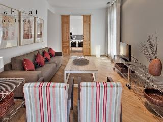 Rambla Deluxe A, Stay in a prestigious location - Barcelona vacation rentals