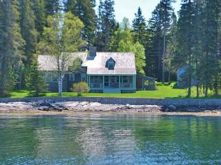 MARSHALL POINT COTTAGE - Town of St. George - Port Clyde - Mid-Coast and Islands vacation rentals