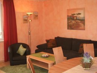 Vacation Apartment in Nuremberg - 807 sqft, spacious, beautiful, bright (# 2545) - Nuremberg vacation rentals