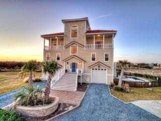 Bay Court 105 Oceanview!   2 Pools (one on roof), Hot tub, Elevator, Linens, Internet, Game Equipment, Pet and Wedding Friendly, - North Topsail Beach vacation rentals