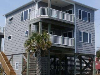 5th Avenue 8202 Oceanview!   Pet friendly, Internet, Fireplace, Jacuzzi - North Topsail Beach vacation rentals