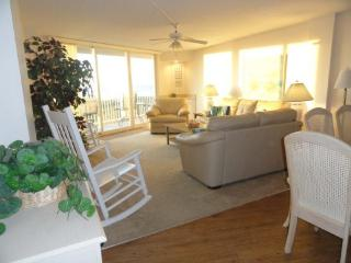 St. Regis 2108 Oceanfront! | Indoor Pool, Outdoor Pool, Hot Tub, Tennis Courts, Playground - North Carolina Coast vacation rentals