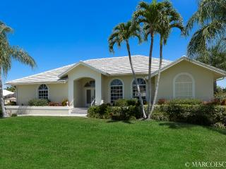 HONDURAS - Direct Access to the Marco River and Gulf ! - Marco Island vacation rentals