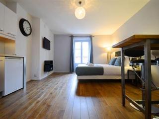 Rex - Paris vacation rentals