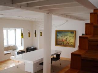A Casa Crispim - Costa de Lisboa vacation rentals