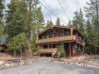 Espinosa Rental Cabin in Lake Tahoe - Dog Friendly - Tahoe City vacation rentals