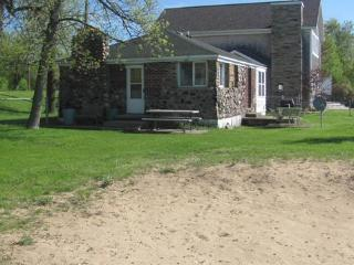 Moose Crossing - Tawas City vacation rentals