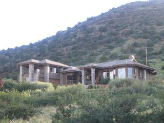 4 Bedroom, 5 Bathroom House in Sedona - Northern Arizona and Canyon Country vacation rentals