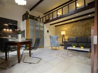 Temple III - Paris vacation rentals