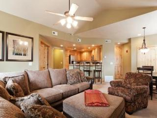 Mountain Luxury Townhome at Redstone with Canyons & Olympic Park Views ! - Utah Ski Country vacation rentals