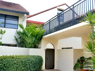 Spacious 1st floor condo in Park Shore feels like a villa just a short walk to the beach - 60 day minimum - Naples vacation rentals