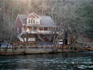 Above The River - Image 1 - Sylva - rentals