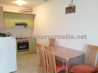 HOLIDAY APARTMENT SOLTA ISLAND - Grohote vacation rentals