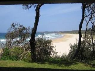 2 BR self-contained apartment absolute beachfront - Ulladulla vacation rentals