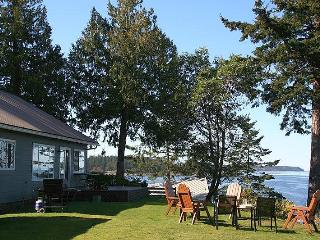 3 Bedorom Denman Island Ocean Front Vacation Home With Incredible View - Courtenay vacation rentals