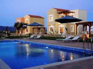 2 bed villa in Crete with pool and free internet - Tersanas vacation rentals