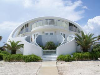Aug 30-Sep 3 Open! Dome Home, Pool, EZ Gulf Access - Pensacola Beach vacation rentals