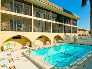 Sunset Villa 3- 1001 Gulf Dr - Bradenton Beach vacation rentals