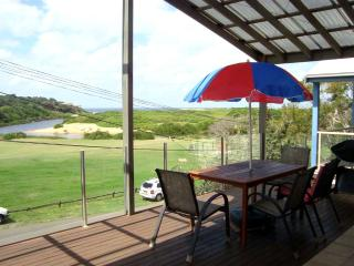 Beachside Beachhouse - Sydney vacation rentals