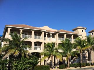 WHITE CAP-MALI Luxury Gulf Condo - Fort Myers Beach vacation rentals