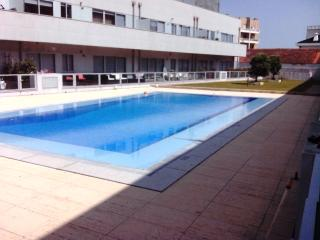 Beach house in Porto with pool - Matosinhos vacation rentals