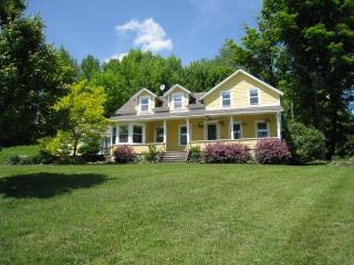 Spacious, Updated Farmhouse with Great Views - Roscoe vacation rentals