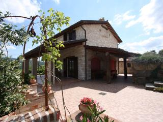 Private Villa,6 sleeps, pool, hill view, Le Marche - Mondaino vacation rentals