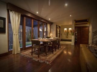 Villa Raja - Luxury in Top Location 2 min to Beach - Seminyak vacation rentals