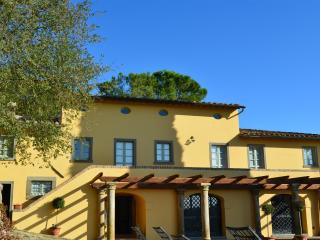 Villa Manzano - Luxury with pool and amazing views - Cortona vacation rentals