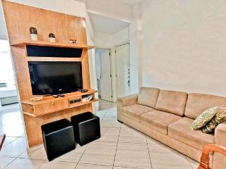 3 rooms, 3 bathrooms apt in Ipanema beach - State of Rio de Janeiro vacation rentals