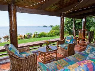 3 Bedroom Beachfront Home in Taveuni, Fiji - Matei vacation rentals