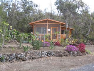 Hale Pomaka'i - Romantic Getaway - Ocean View vacation rentals