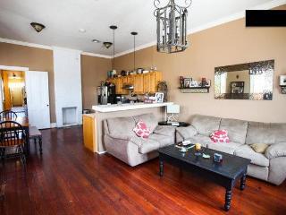 3BDR Uptown Home Off Magazine (Garden District) - Louisiana vacation rentals