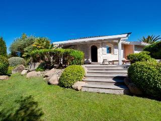 4 Star villa in Bonifacio for 4/5 people, Corsica - Bonifacio vacation rentals