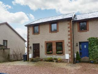 BRAESIDE family friendly, close to village, near to Loch Lomond in Aberfoyle Ref 18172 - Aberfoyle vacation rentals