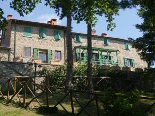 Fattoria di Arsicci, your home in Italy. - Casteldelci vacation rentals