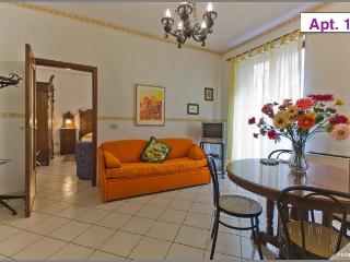 Elegant Apartment in Palermo Historical Centre - Palermo vacation rentals