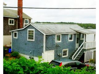 Waterfront cottage, steps to beach - 1BR - Buzzards Bay vacation rentals