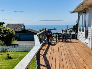 Spacious deck with gorgeous ocean views! - Newport vacation rentals